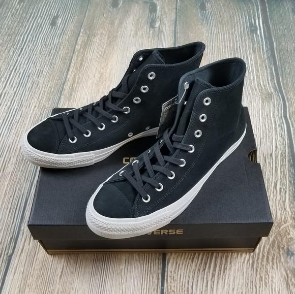 7d3eec6d4ca8  NIB  CONVERSE CT All Star Hi-Top Sneaker (Unisex)